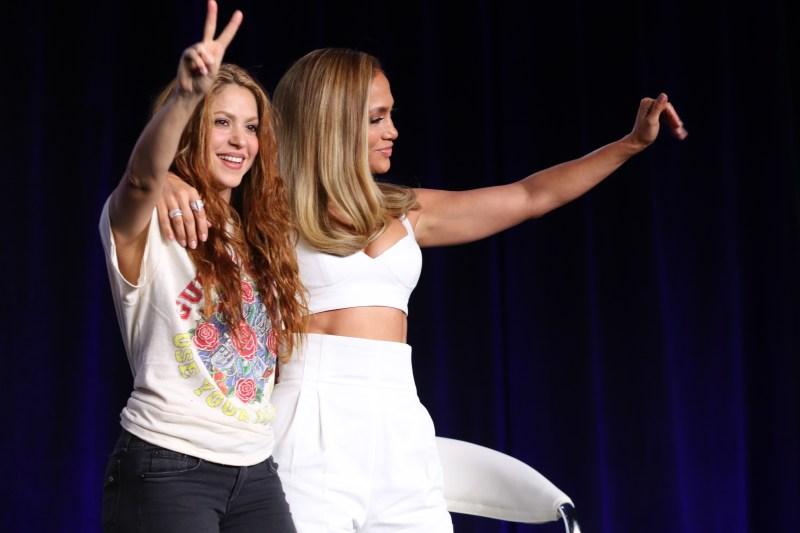 Jlo y Shakira llegan a Miami en preparación para su esperada presentación en el Super Bowl