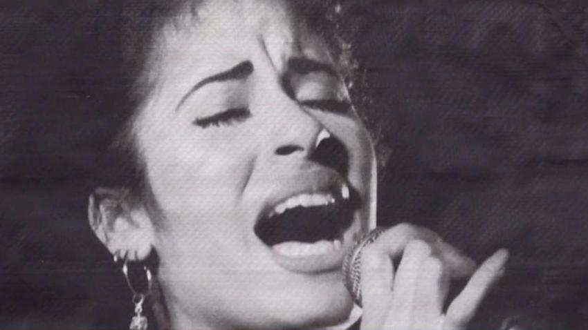 Bolsas_conmemorativas_de_Selena_causan_revuelo