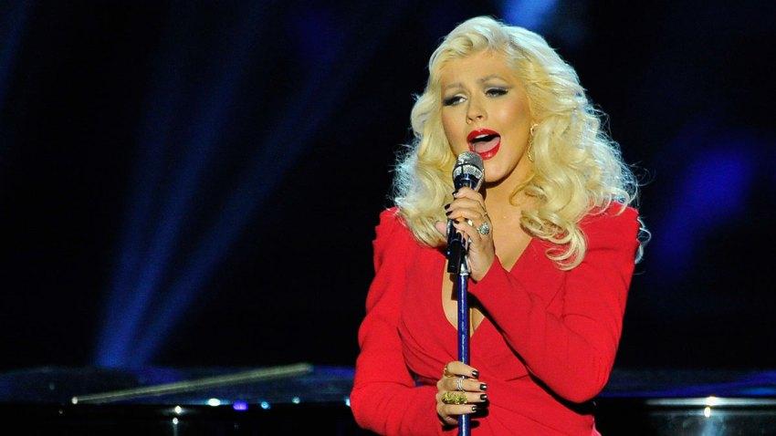 Christina-Aguilera2