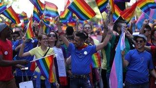 062816-sf-gay-pride-parade-2016