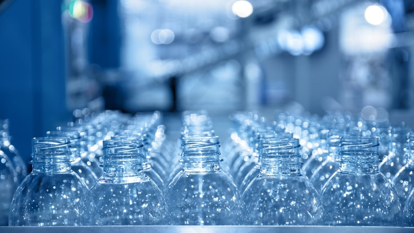 botellas shutterstock_260525960