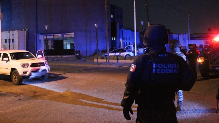 Policía mexicana resguarda sitio de un narcoataque