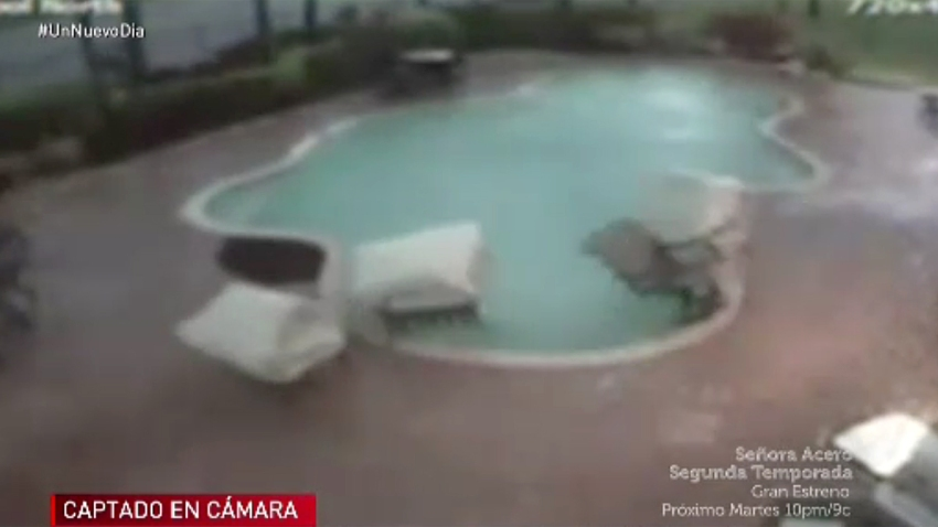 muebles-caen-a-piscina