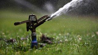 multas-desperdicio-agua-california-sequia