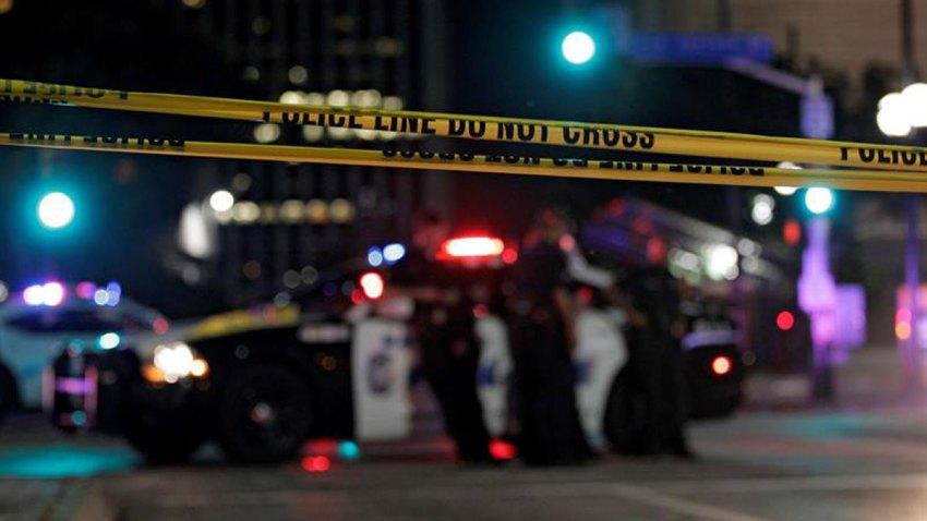 policia-patrullero-cinta-amarilla-dallas