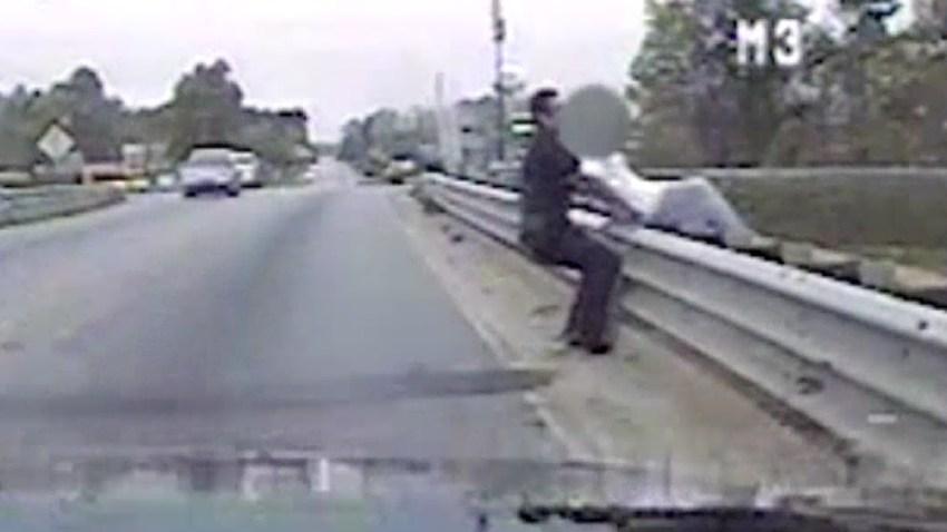 policia-salva-mujer-suicida