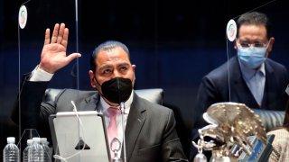 Senadores mexicanos aprueban ley que acota presencia de agentes extranjeros