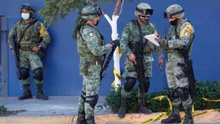 Cuatro integrantes de la fuerzas federales de México