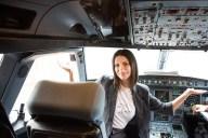 Laura-Pausini-avion-1