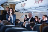 Laura-Pausini-avion