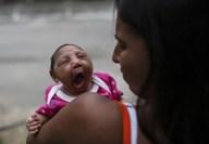 TLMD-brasil-madre-leticia-bebe-manuelly-microcefalia-zika-EFE-635908841636577145w