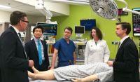 El equipo que realizó la cirugía también realizó el primer trasplante doble de brazo del país a un soldado herido.