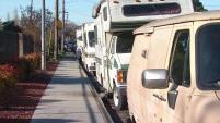 Residentes mostraron sus preocupación ante la presencia de varias casas rodantes en los alrededores de las escuela Jason Dahl Elementary. A pesar que...