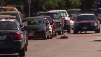 Fue una noche sangrienta en San Jose luego de dos tiroteos, uno de ellos con consecuencias mortales.