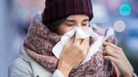 La urticaria a frigore se presenta en personas que experimentan las bajas temperaturas.
