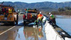 Reabren carriles de autopista 37 tras inundaciones en Novato