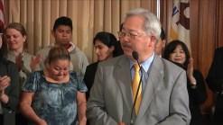 Alcalde de San Francisco entrega recursos para ayudar a niños centroamericanos