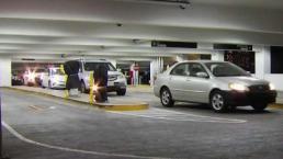 Centros comerciales podrían cobrar por estacionamiento