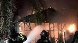 Incendio arrasa con cochera y vivienda móvil en San José
