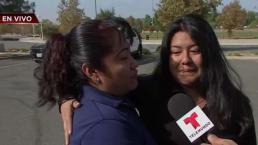 Emotivo abrazo tras tiroteo en escuela: madre hispana se reencuentra con su hija