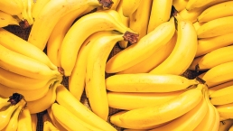 """Donan casi $18 millones en """"bananas"""" con cocaína a una cárcel en Texas"""
