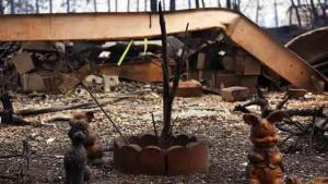 Recorre las calles devastadas de Paradise tras el incendio Camp