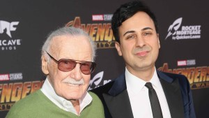 Arrestan a exmánager de Stan Lee tras cargos de abuso