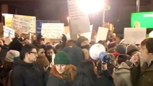 Manifestantes contra bloqueo de Trump en NY