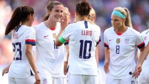 Lloyd repite y marca el tercero para EEUU