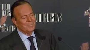 Juez reconoce a valenciano como hijo de Julio Iglesias