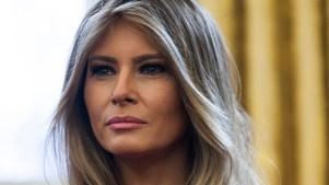 Melania Trump se deja ver trabajando en la Casa Blanca