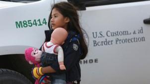 Casi 5,000 niños solos cruzaron frontera sur en octubre