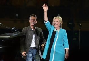Marc Anthony en concierto con...¡Hillary Clinton!