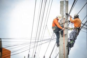 PG&E continúa restauración luego de histórico apagón