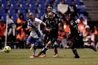 Con penalti, Monterrey vence 3 - 2 al Puebla