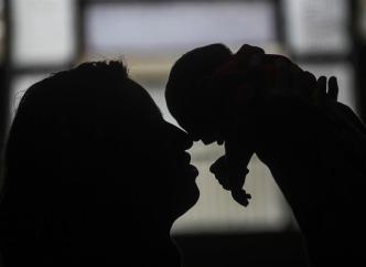 Hijos de hispanas no nacidas en EEUU con menor riesgo de cáncer