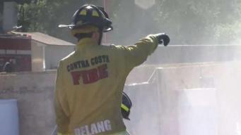 Autoridades entrenan a comunidad en caso de incendios