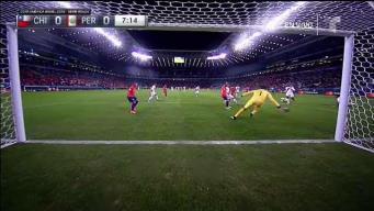 Por poquito: Chile se pierde un posible gol