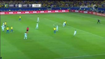 Firmino se traga un gol...en fuera de juego