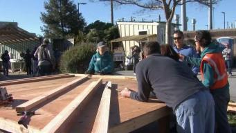 Inicia construcción de viviendas miniaturas en San José