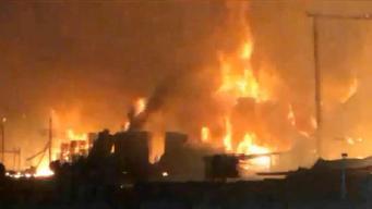 Incendio de 2 alarmas destruye edificio en Pleasanton