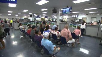 DMV cerrará todas sus oficinas mediodía en California