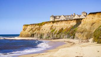 Multa millonaria a lujoso hotel por bloquear acceso a la playa