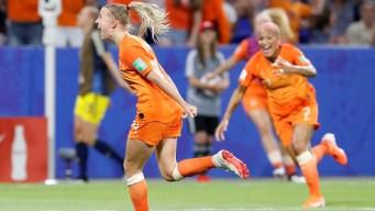 Holanda hace historia y se mete en su primera final
