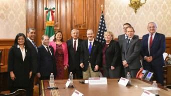 AMLO recibe a legisladores de EEUU en Palacio Nacional
