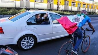 """Ciclista le dice a AMLO: """"En ti confiamos"""""""