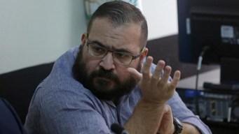Exgobernador de Veracruz dice pactó entrega con EPN