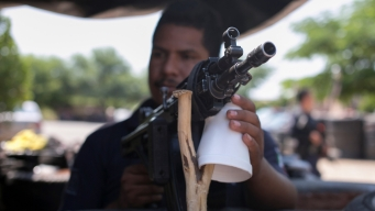 """AMLO proclama fin de """"guerra de exterminio"""" contra crimen"""