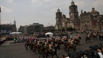 """Caudillos revolucionarios """"retoman"""" Ciudad de México"""