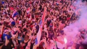 Festejos en Zagreb por el pase de Croacia a la final de la Copa del Mundo